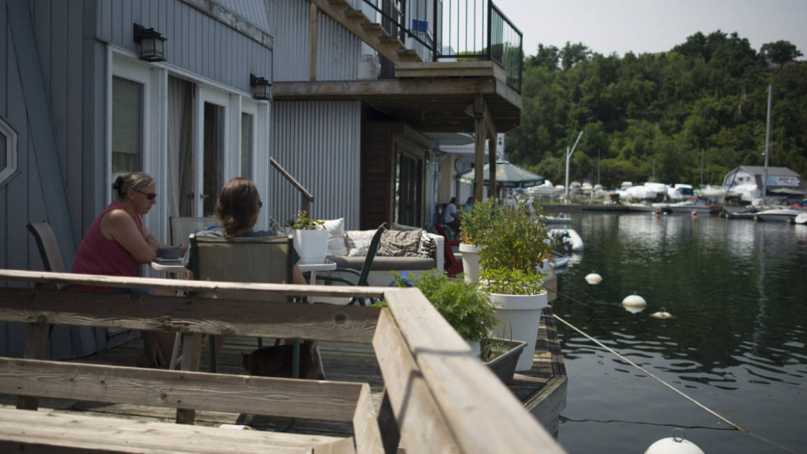 Bluffer's Park Marina Residents Enjoying Cottage Life in the City