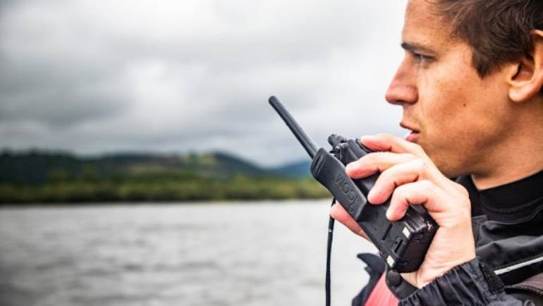Top ten tips to improve your experience when using a marine VHF radio